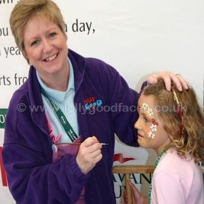 Face painter at caravan rally